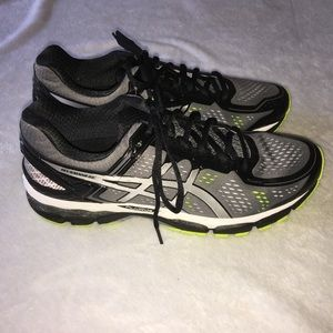 Asics Gel-Kayano 22 Athletic Shoes Size 10.